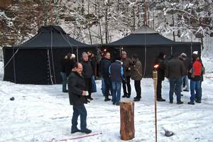 Winterteamevent am Lapplandzelt